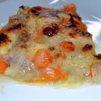 www.casafacilefelice.org,scamorza,teglia carote e cipolle