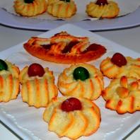 dolcetti di pasta di mandorle,pasta reale,